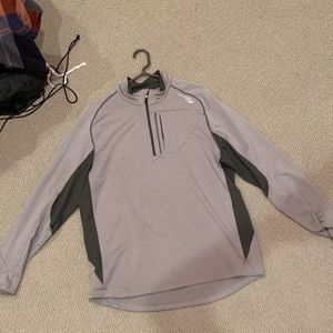 Very nice and comfortable quarter zip pullover